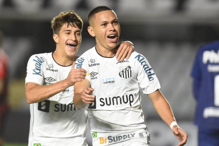 Santos vence Athletico e inicia reabilitação no Brasileiro antes de clássico