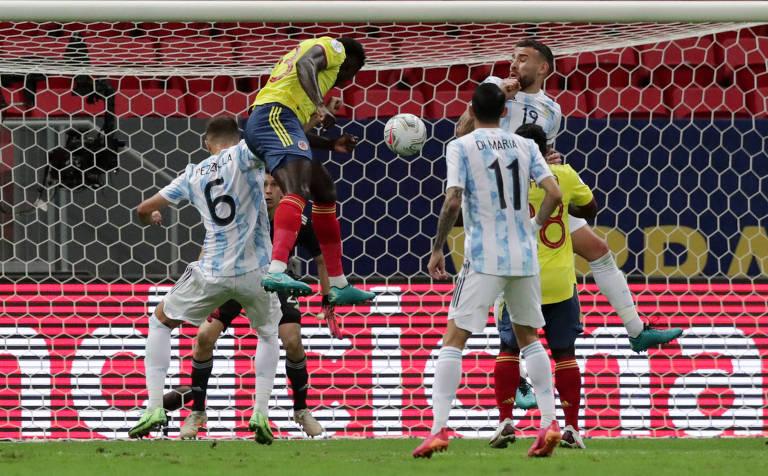 Argentina e Colômbia na semifinal da Copa América
