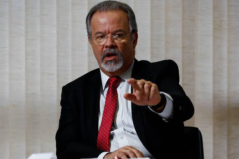 Conflito da Defesa com CPI da Covid expõe presença militar sem controle do Congresso, diz Jungmann