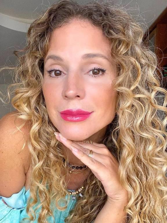 Imagens da atriz Maíra Charken