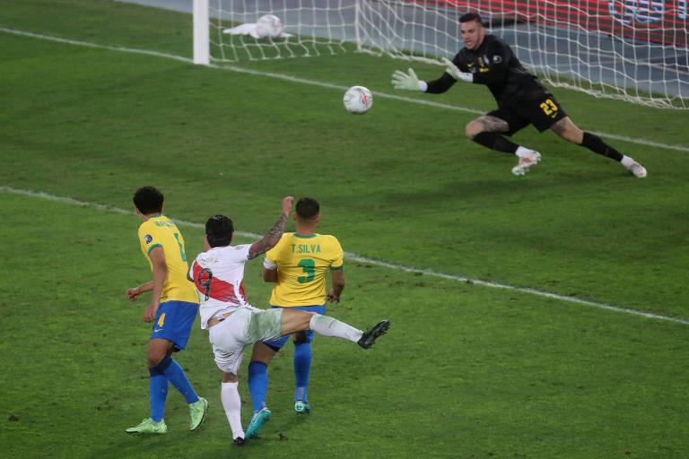 Quando exigido, Ederson mostrou segurança na Copa América