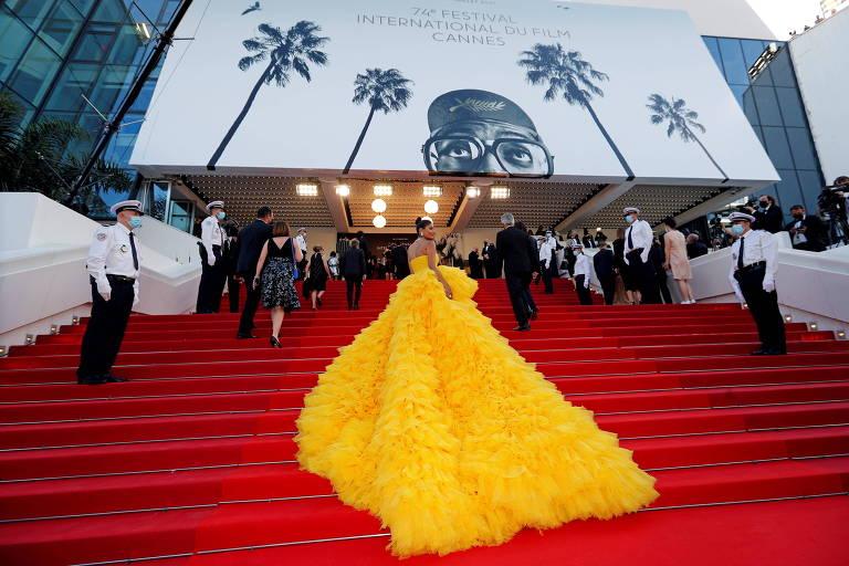 Cannes com medidas anti-Covid faz público babar em copinhos e perder filmes