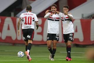 Brasileiro Championship - Internacional v Sao Paulo
