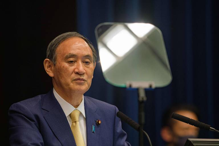 Yoshihide Suga, primeiro-ministro do Japão, fala sobre estado de emergência decretado em Tóquio