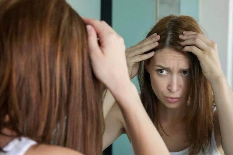Se cabelo grisalho não estiver ali há muito tempo, é mais provável que, com menos estresse, ele possa desaparecer