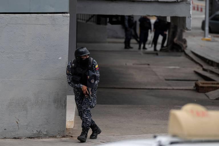 Confronto com 4 mortes em Caracas expõe racha entre ditadura e dissidentes dos 'coletivos'
