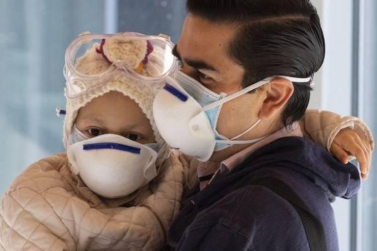 Câncer infantil: como terapia pioneira na Espanha conseguiu 'apagar' tumor cerebral de menina de 7 anos