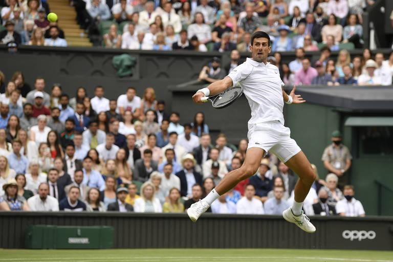 Djokovic vai à 7ª final de Wimbledon e pode igualar Federer e Nadal em Grand Slams