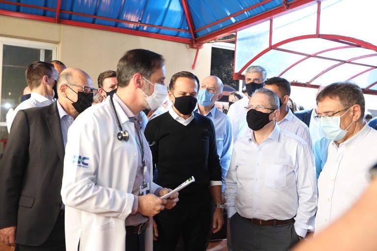 Governador de São Paulo acompanha testes clínicos da Butanvac