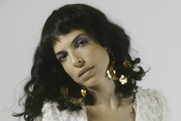 Illy terá canção de Adriana Calcanhotto em seu novo álbum
