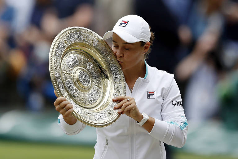 Ashleigh Barty vence Pliskova e conquista Wimbledon pela 1ª vez