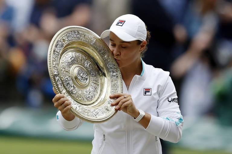 Ashleigh Barty vence Pliskova e conquista Wimbledon pela 1ª vez -  10/07/2021 - Esporte - Folha