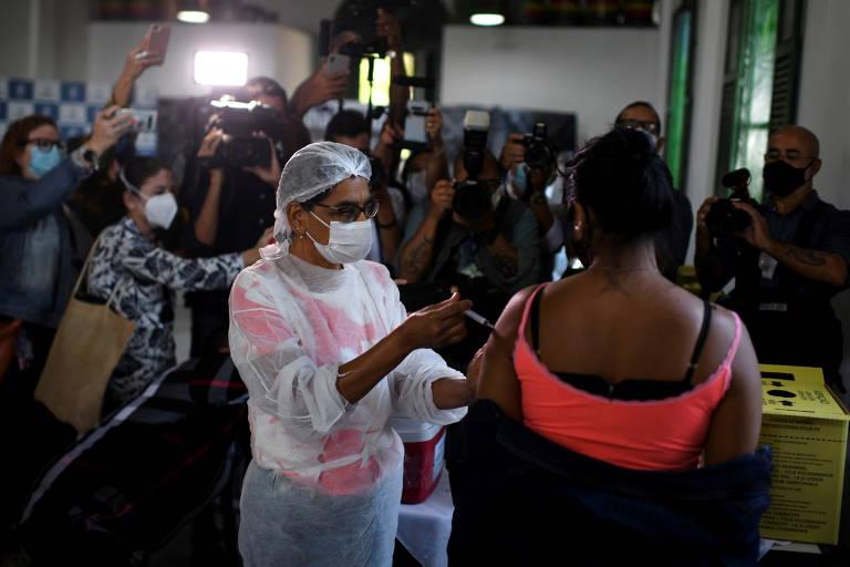 Ilha Grande (RJ) tem vacinação em massa contra a Covid