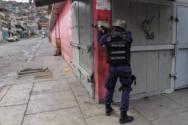 Confronto entre polícia e gangues em Caracas deixa 26 mortos em dois dias