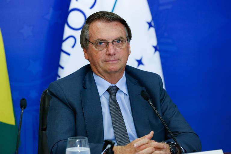 Bolsonaro critica repressão a protestos em Cuba com 'borrachada, pancada e prisão'