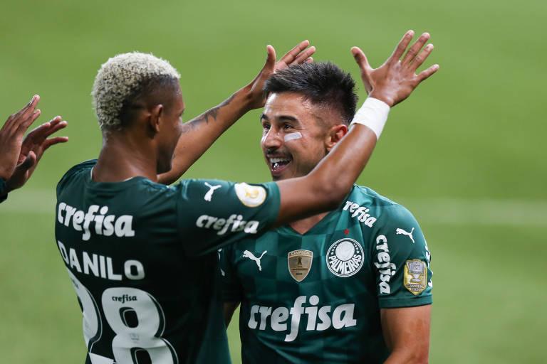 Caneladas do Vitão: Palmeiras mantém embalo, liderança e despacha o Santos no Allianz por 3 a 2