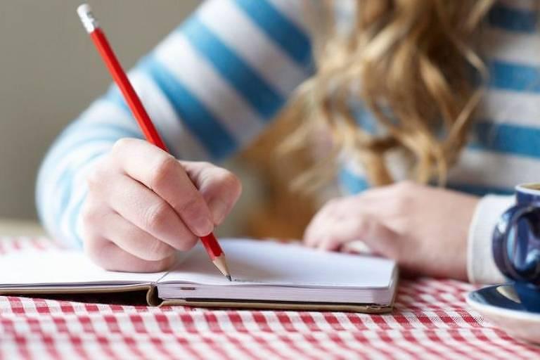 Escrever todos os dias ou a cada dois dias três coisas pelas quais você é grato pode melhorar seu bem-estar