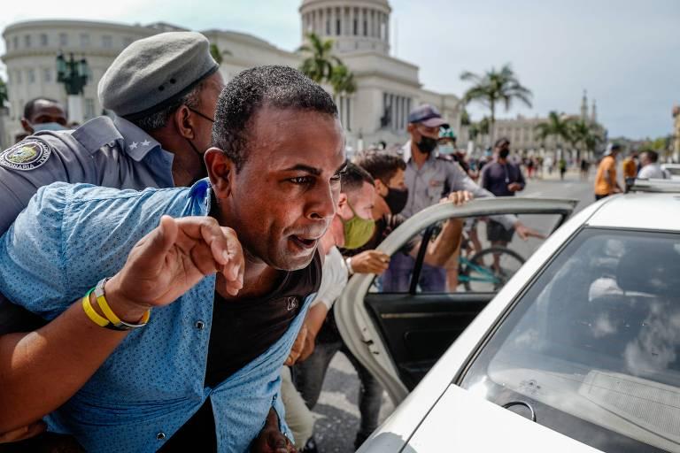 EUA impõem novas sanções contra Cuba após onda de protestos na ilha