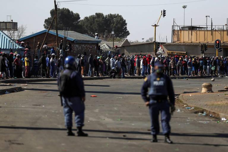 Protestos na África do Sul após prisão de ex-presidente deixam ao menos 6 mortos e mais de 200 presos