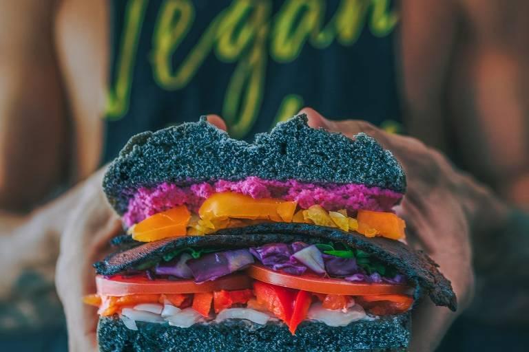 Tipos de vegetarianismo e substituições saudáveis para a sua alimentação