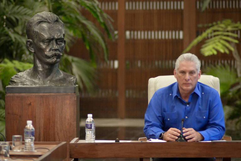 Após atos mais intensos em décadas, líder de Cuba mira redes sociais e EUA