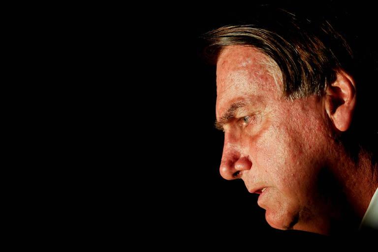 Em vez de mártir, Bolsonaro é o mestre da bagunça, na saúde e na doença