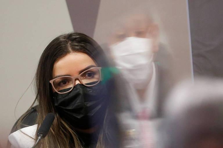 Diretora alvo da CPI conseguiu mudança a jato em pagamento da Covaxin após recorrer a Elcio Franco