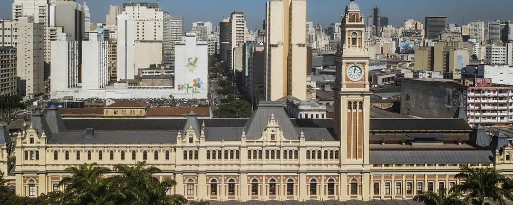 Prédio onde está o Museu da Língua Portuguesa, que foi reformado e fica na região da Luz, em São Paulo