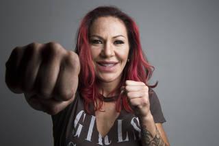 Retrato da lutadora Cris Cyborg