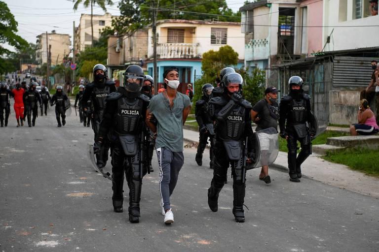 Regime cubano confirma morte de um homem em Havana durante protestos