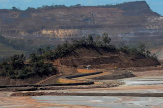 FILE PHOTO: A view of the Samarco mine, owned by Vale SA and BHP Billiton Ltd, in Mariana
