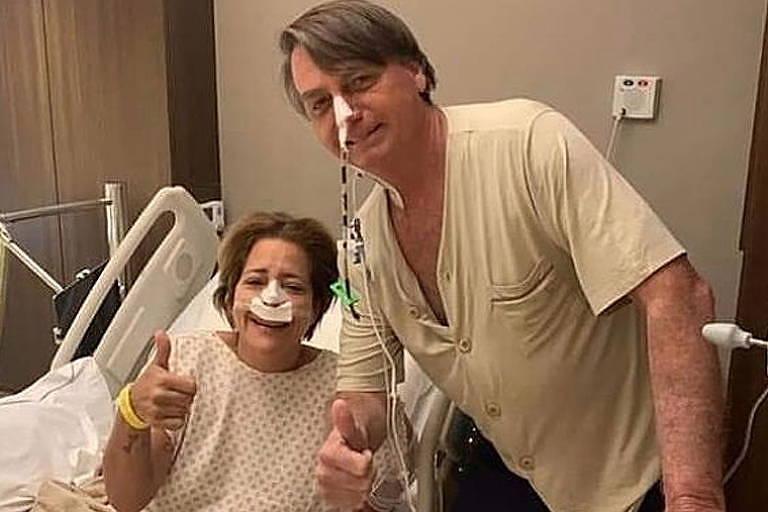 O presidente Jair Bolsonaro ao lado de paciente do Hospital Vila Nova Star, em São Paulo, em foto postada por Michelle Bolsonaro em rede social