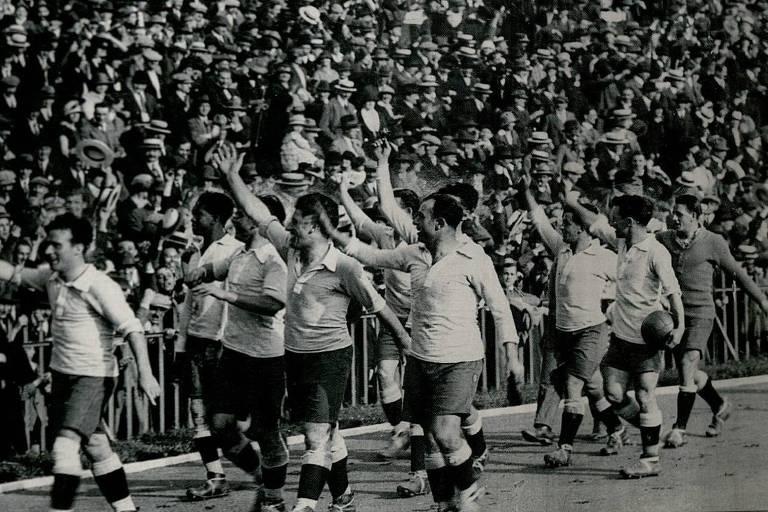 Ao contrário da volta olímpica, primeiro gol olímpico não aconteceu nos Jogos