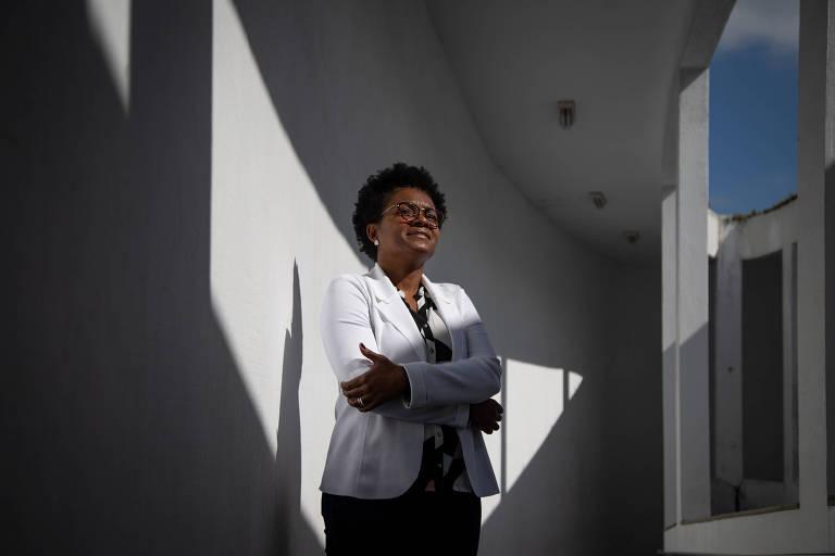 Luanda Moraes, da Uezo, uma das poucas reitoras negras de  universidades públicas no país