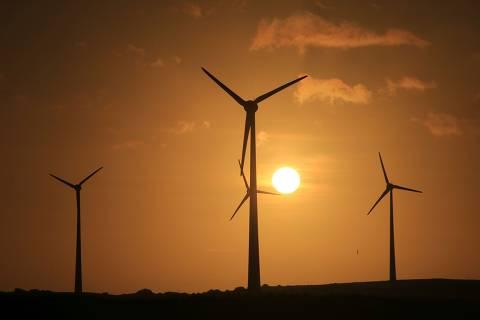 NATAL,RN BRASIL 27,05,2021, Produção de energia limpa do Parque eólico da Neoenergia no litoral do Rio Grande do Norte em Rio do Fogo/RN. (Foto: Alex Régis/ Folhapress, COTIDIANO)