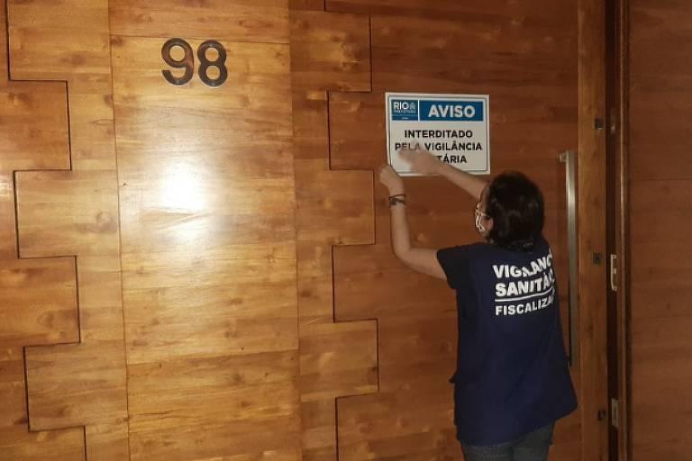 Vigilância Sanitária interdita casa de swing no Rio