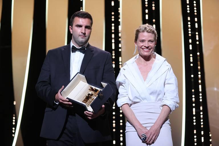 Filme com produção brasileira vence prêmio de melhor estreia em Cannes