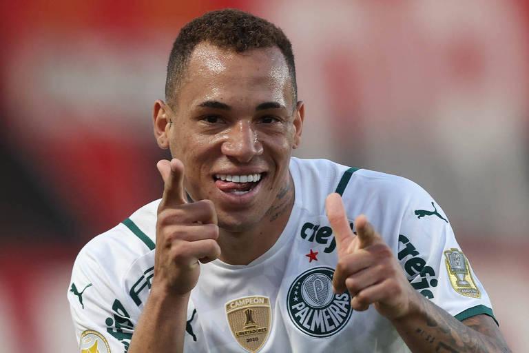 Caneladas do Vitão: Palmeiras faz a sena, chuta Dragão e mantém ponta isolada
