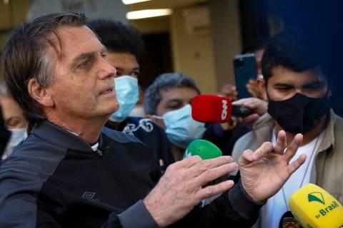 Bolsonaro critica taxação de grandes fortunas e diz que agora é crime ser rico no Brasil
