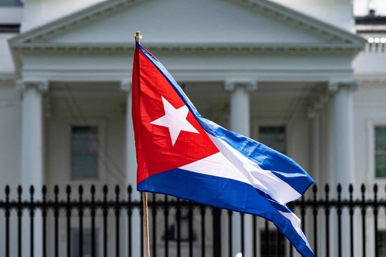 EUA avaliam reforçar embaixada em Cuba e aumentar remessas de dinheiro para ilha