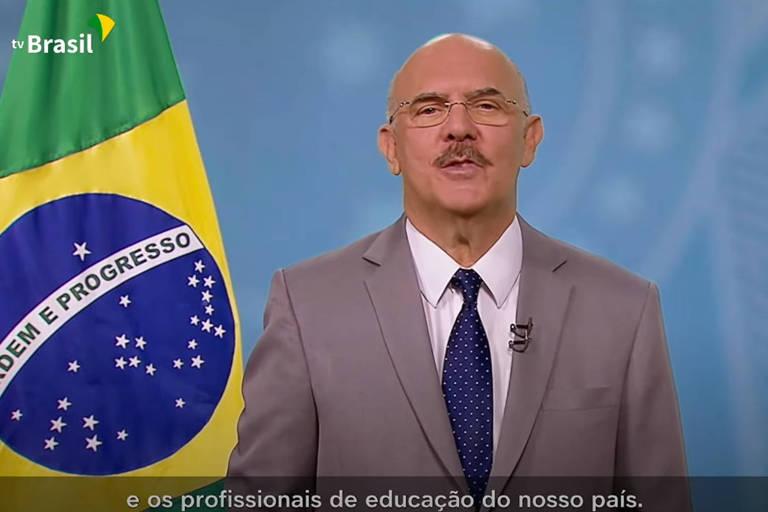 O ministro da Educação, Milton Ribeiro, faz pronunciamento em rede nacional sobre volta às aulas presenciais