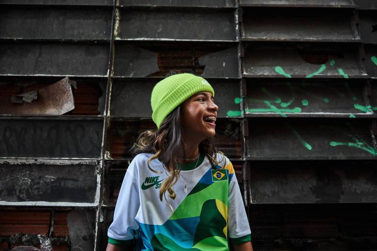 Caçula em Tóquio, Rayssa tem mãe ao seu lado e disputará medalha no skate