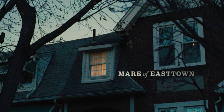 "Abertura da série ""Mare of Easttown"""