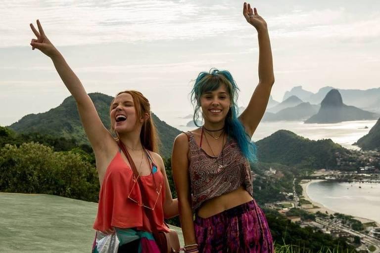 """Larissa Manoela e Thati Lopes gravaram cenas do filme """"Diários de Intercâmbio"""", no Parque da Cidade, no RIo de Janeiro"""