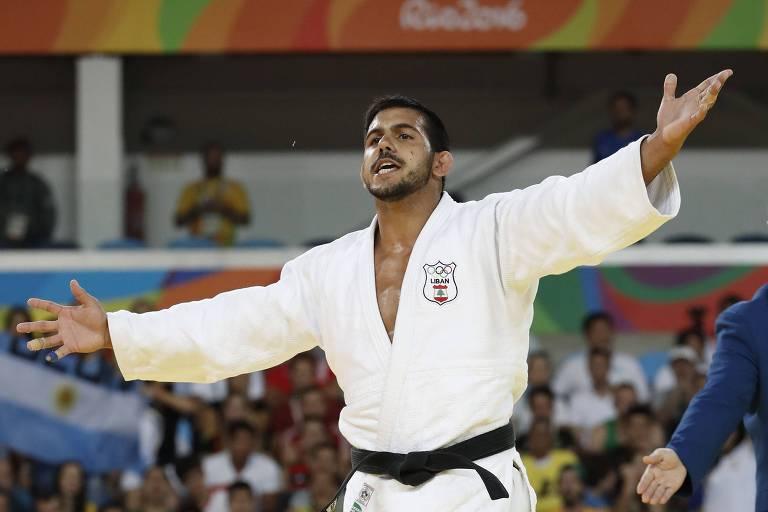 Nacif Elias, do Líbano, durante luta com o argentino Emmanuel Lucenti na Rio-2016