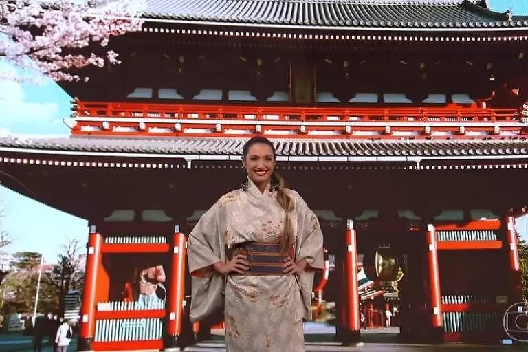 Patricia Poeta veste kimono e é acusada de apropriação cultural