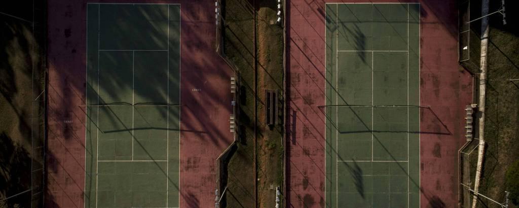 Quadras de tênis do Ceret (Centro Esportivo, Recreativo e Educativo do Trabalhador) no bairro do Tatuapé