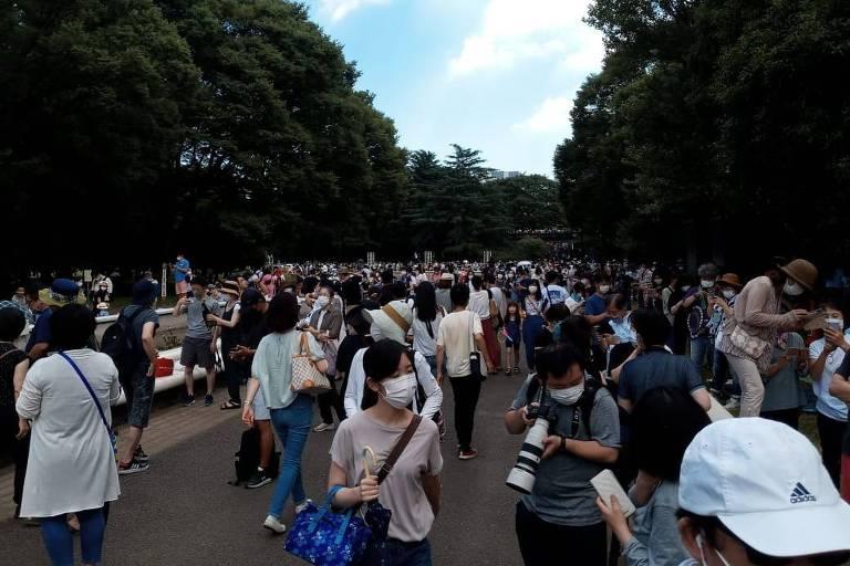 Famílias de Tóquio vão ao Parque Yoyogi para celebração antes do início das Olimpíadas