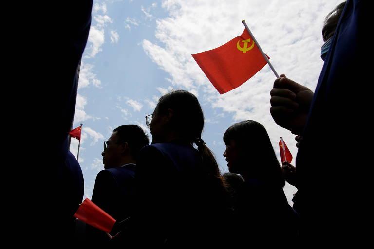 Pressão externa, envelhecimento populacional e ritmo do PIB devem determinar futuro do PC Chinês