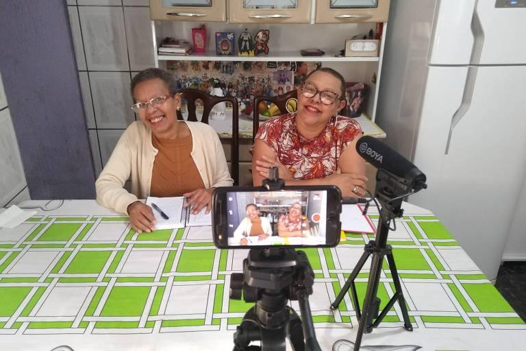 Conheça as irmãs por trás do canal de Youtube Dona gêek